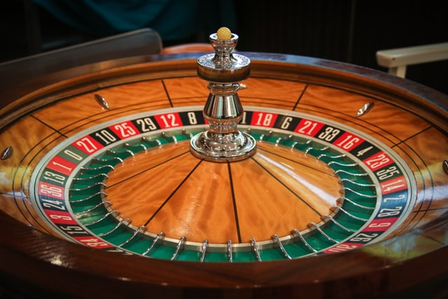 Roulette wheel from live roulette game